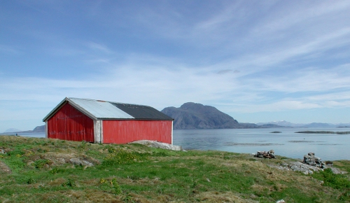 Halmøya. Utsikt mot Vega.